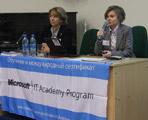 Надежда Вольпян, менеджер программы Microsoft IT Academy в России и Тамара Сапачева, менеджер программы Microsoft IT Academy компании Softline